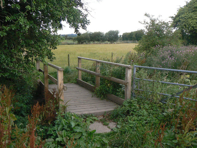 Footbridge near Calverton
