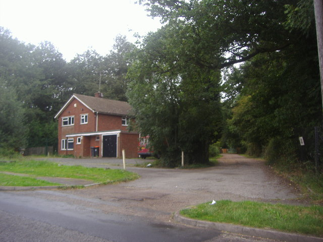 House on London Road, Slip End
