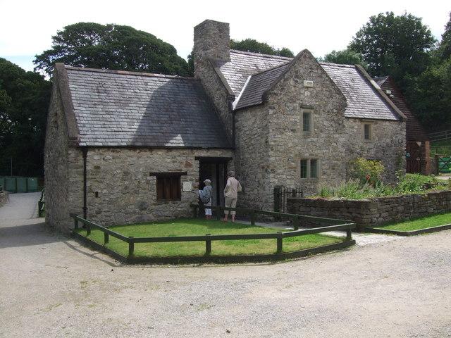 Pentre Farmhouse