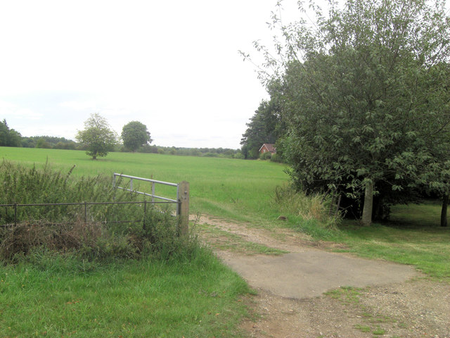 Lower Bowden Farm field gateway