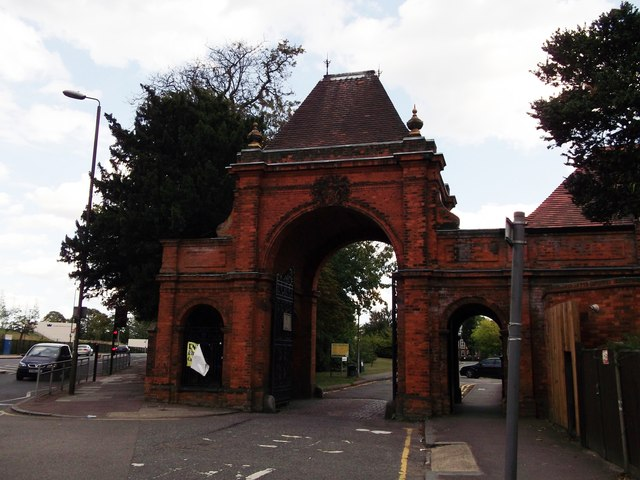 West Gate to Avery Hill Campus, University of Greenwich