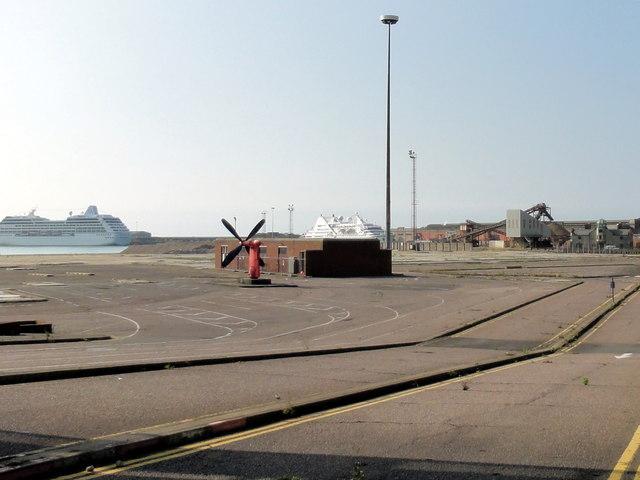 Dover, Western Docks