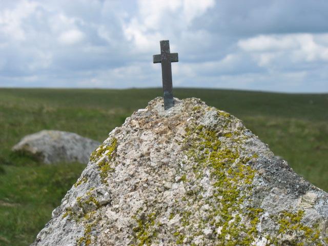 Hand Hill Cross