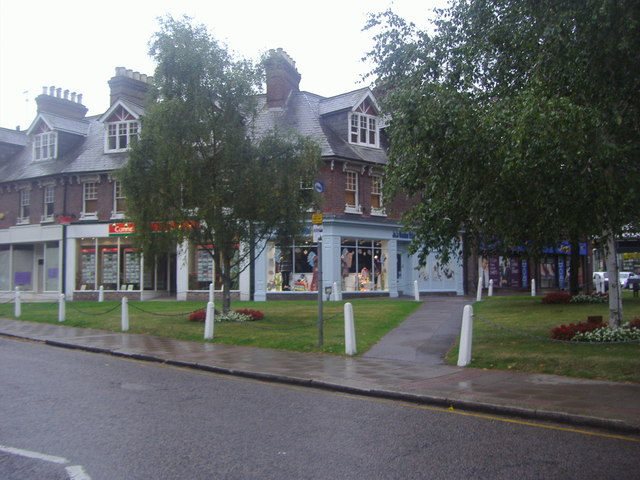 Shops on High Street, Harpenden