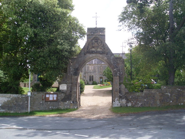 Gateway to Carisbrooke Priory, IoW