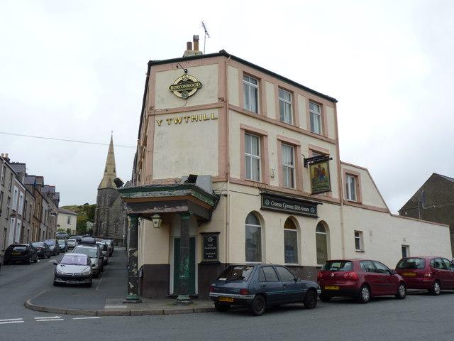 Y Twthill pub on Thomas Street, Caernarfon