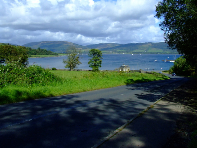 The road to Port Bannatyne