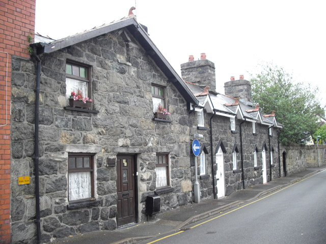 Stone cottages in Heol y Domen, Bala