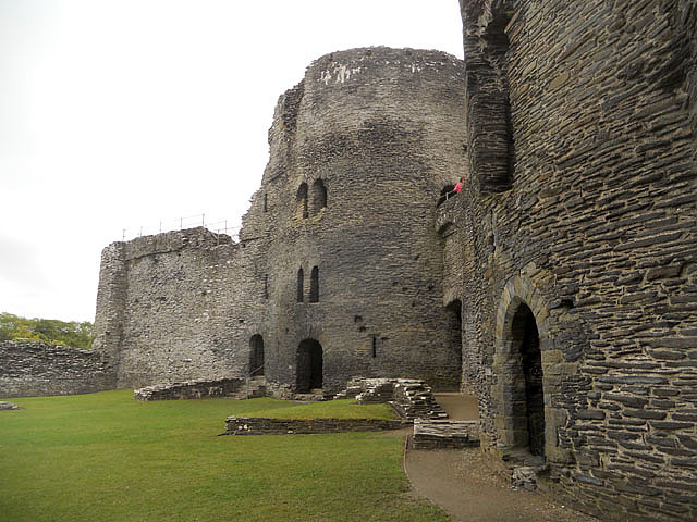 Round towers of Cilgerran Castle