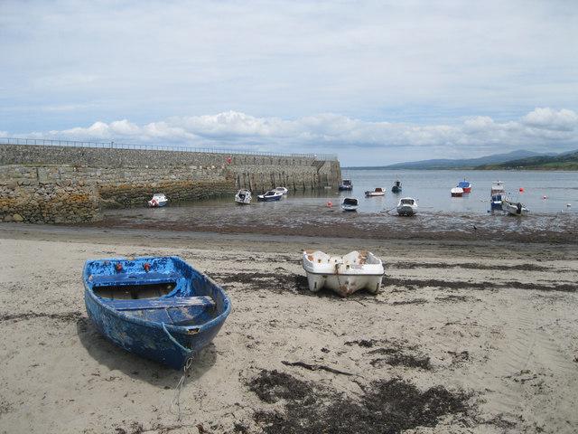 Trefor beach and jetty
