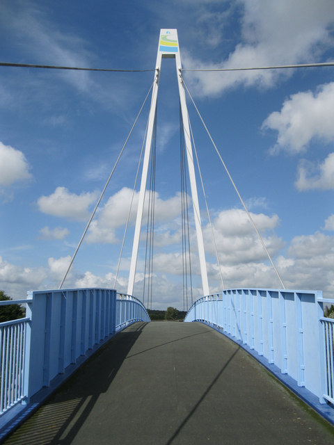 Pedestrian and cycle bridge over the A484 at Loughor