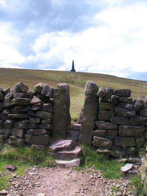 Path to Stoodley Pike