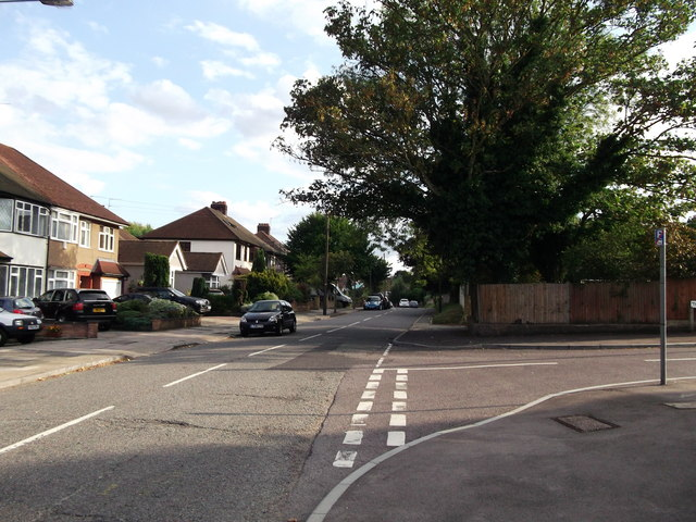 Road junction on Elmwood Drive