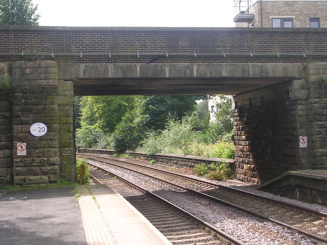 Bridge LEH1/20 - viewed from Horsforth Station