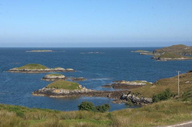 Islands off the coast at Drinisiadir