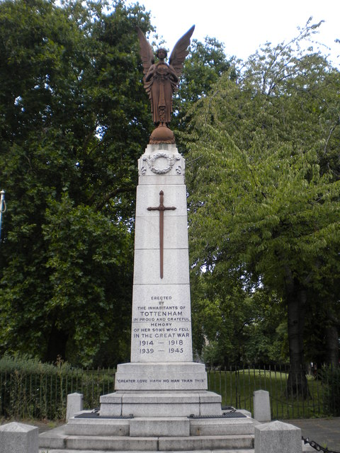 Tottenham War Memorial, Town Hall Approach N15