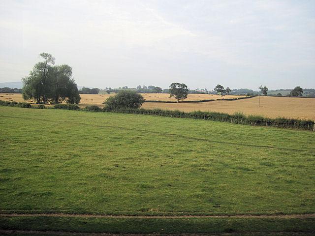 Farm land near Little Heyford