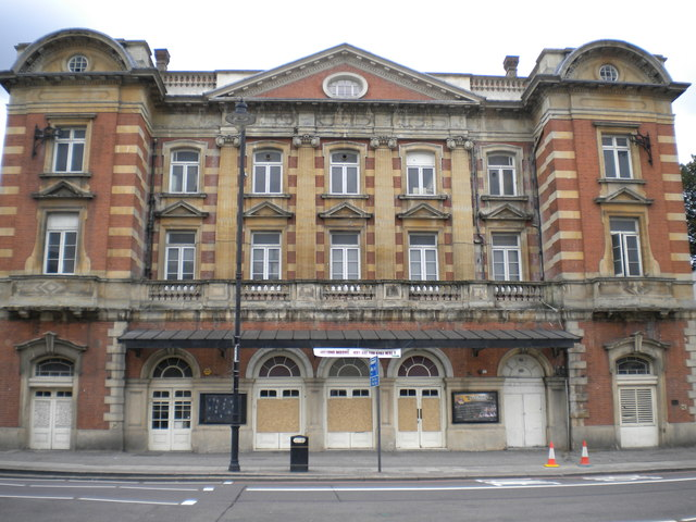 Tottenham Palace Theatre of Varieties, High Road N17