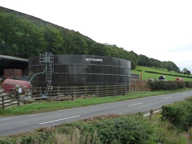 Silo / tank at Lower Sylfaen Farm