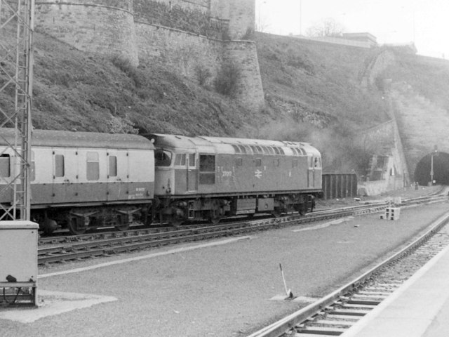 Shunting at the East End of Waverley Station, 1985