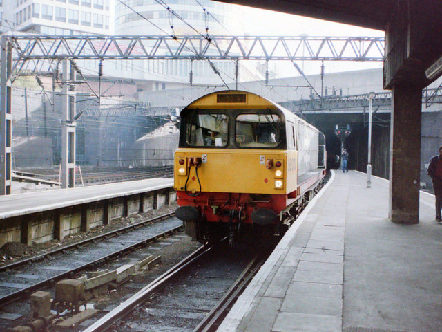 Class 58 at Birmingham New St Station, 1985