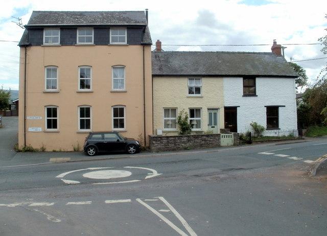 Lower House, Bronllys