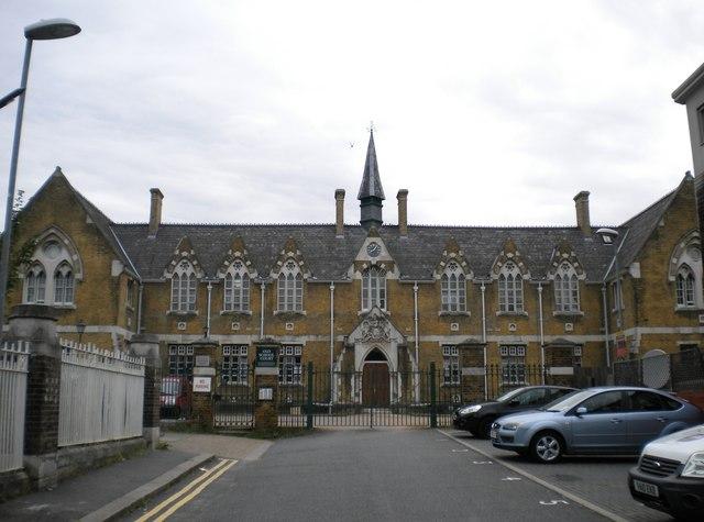 Old School Court, Drapers Road N17