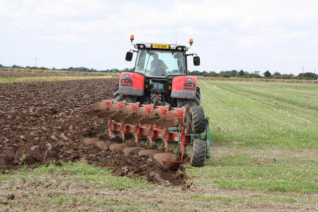 Ploughing at Trusthorpe