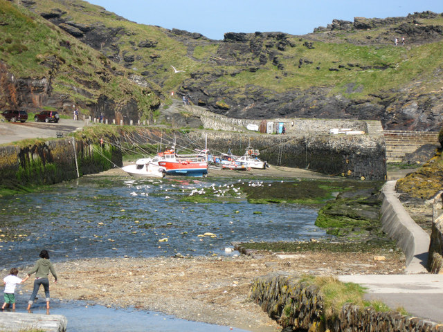 Boscastle Harbour at low water