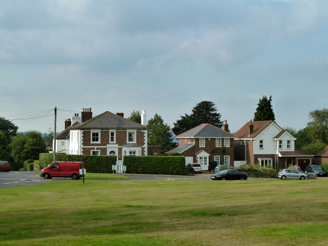 Houses by village green, Ide Hill