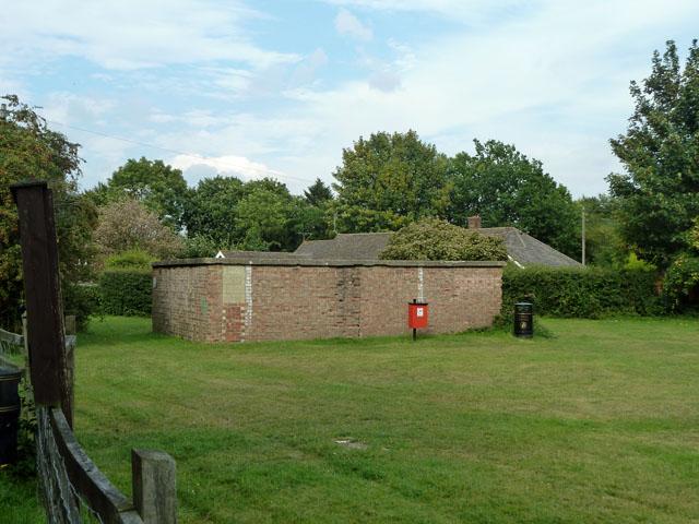 Brick building, Goathurst Common