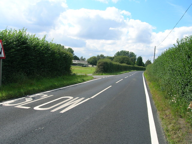 Minor road towards Crockey Hill