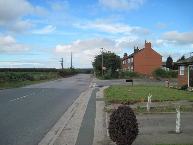 Whitefield  Lane  Whitley