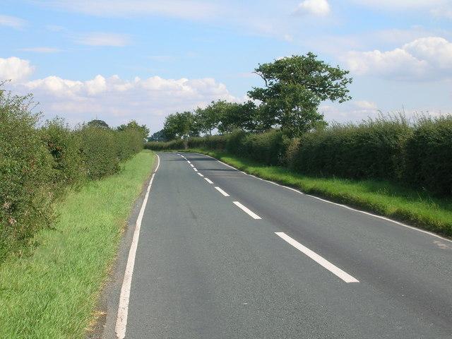 Wheldrake Lane heading east