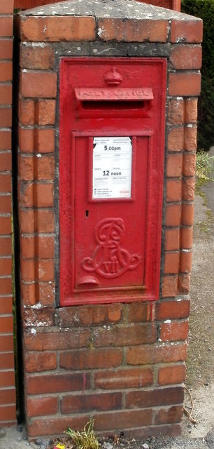 Edward VII postbox, corner of Mountain Road and Warren Drive, Caerphilly