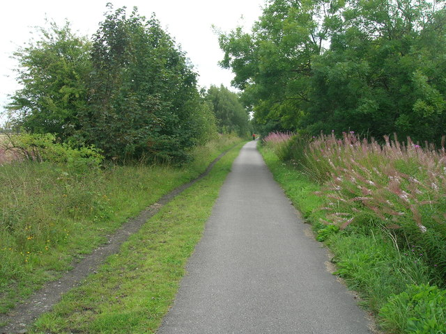 Trans Pennine Trail towards Selby