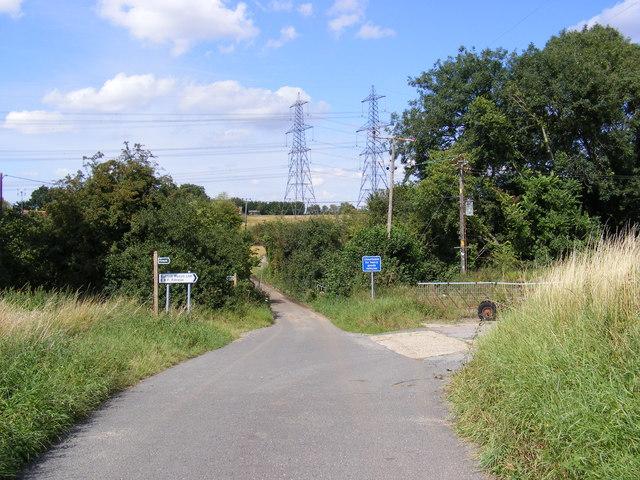 Gull Lane, Grundisburgh & footpaths