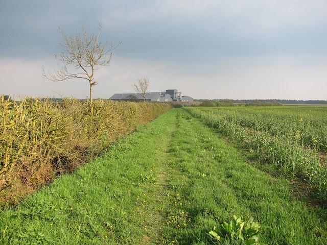 Footpath from Weston Woods Farm