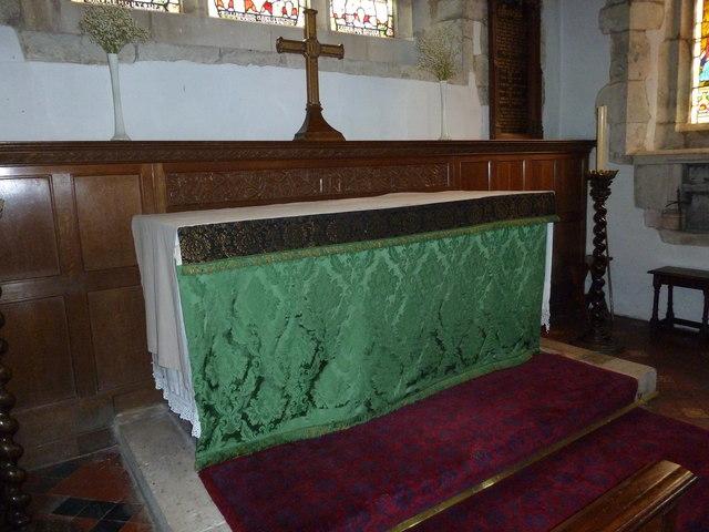 Holy Rood, Holybourne: altar