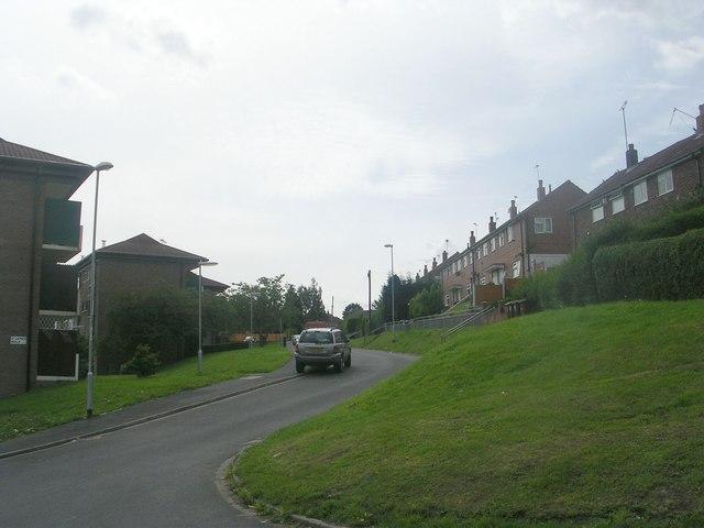 St James Walk - St James Avenue
