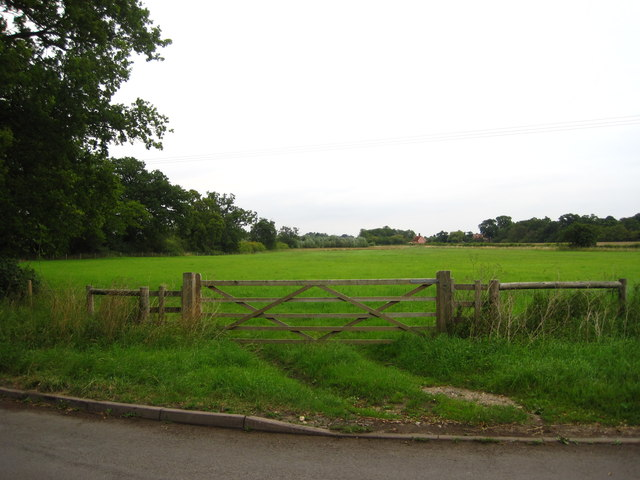 Field and gate near North Park Farm