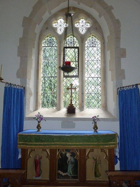St Mary Mapledurwell: altar