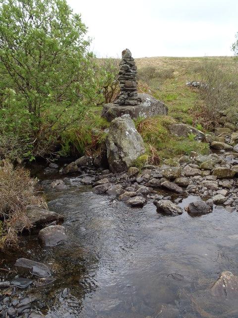 Kirkennan Burn cairn