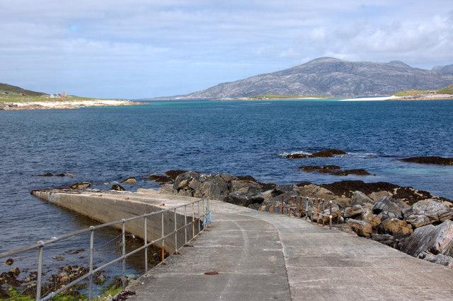 Pier at Huisinis and Caolas an Scarp