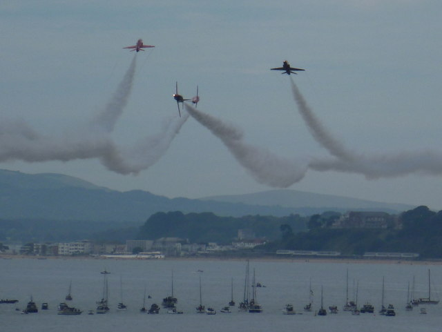 Bournemouth: Red Arrows display on a tragic day