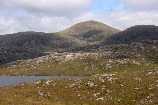 View to Cleisabhal from beside Loch Leosaid