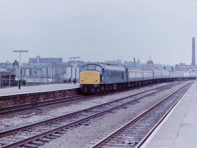'Peak' Diesel at Stalybridge, 1984