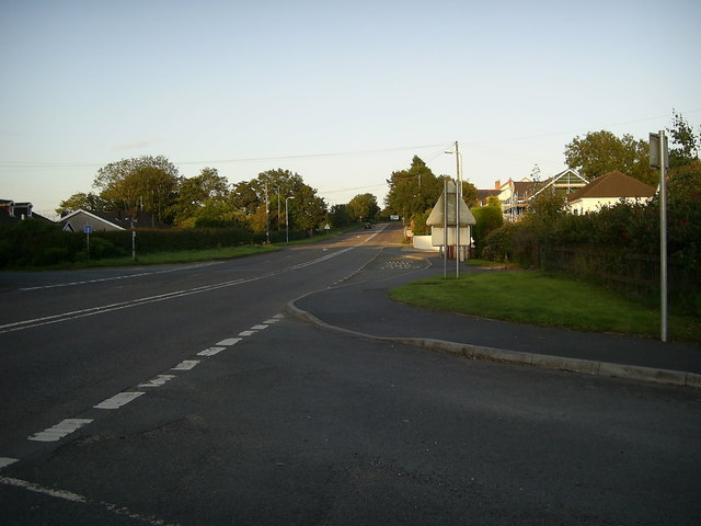 Former A48 road, Nantycaws