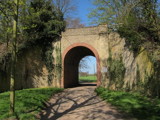 Railway bridge, Westley Bottom