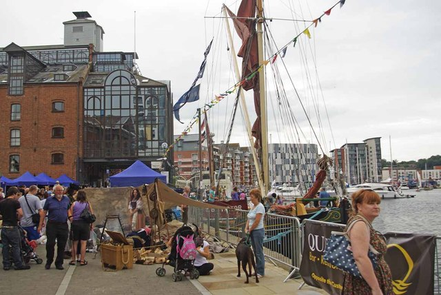 Ipswich Wet Dock on Festival Day